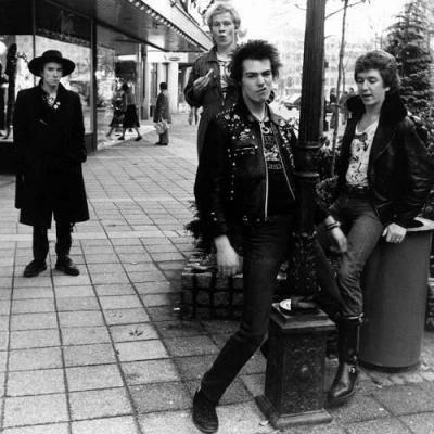 The Sex Pistols  Full Concert  011478  Winterland OFFICIAL