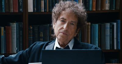 Боб Ділан отримав Нобелівську премію з літератури