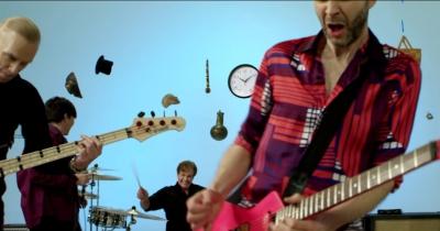 Mr.Big показали відео на пісню Defying Gravity