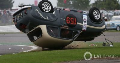 Браян Джонсон перекинув гоночне авто