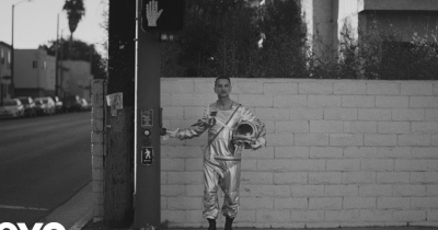 Depeche Mode видали новий кліп Cover Me