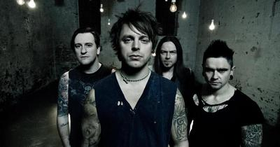 Bullet For My Valentine випустили відео Army Of Noise