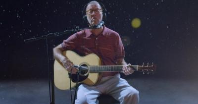 Ерік Клептон опублікував ще одну різдвяну пісню