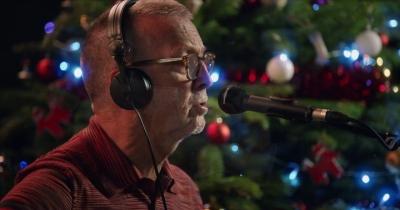 Ерік Клептон зіграв кавер на White Christmas