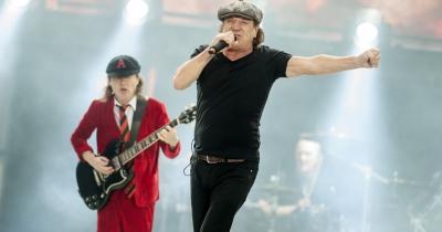 Браян Джонсон повертається до AC/DC