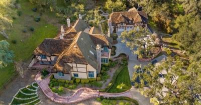 Дейв Мастейн продав свій маєток в Каліфорнії