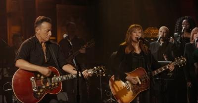 Брюс Спрінгстін опублікував відео на пісню Sundown