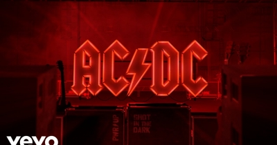AC/DC видали нову пісню