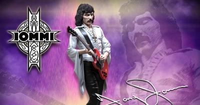 У серії Rock Iconz з'явилася фігурка Тоні Айоммі