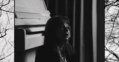 Дивіться нове відео Сюзі Кватро