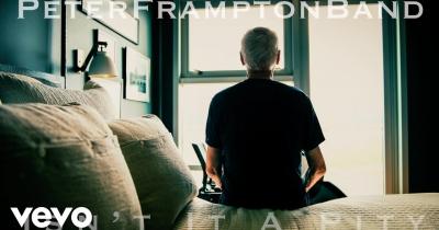 Пітер Фремптон видав ностальгічне відео Isn't it a Pity