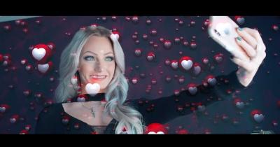 Дивіться нове відео Buckcherry — So Hott