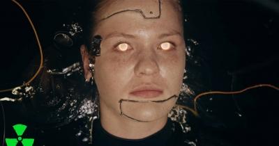 Дивіться Recode від Fear Factory