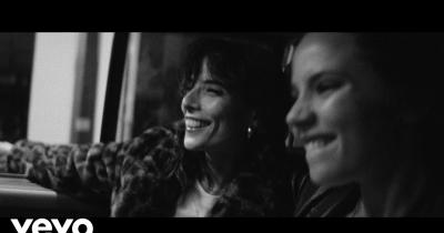Дивіться кліп The Rolling Stones — Living In The Heart Of Love