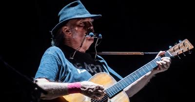 72-річний Ніл Янг ніколи не поїде у прощальний тур