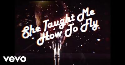 Ноель Галлахер видав кліп She Taught Me How To Fly